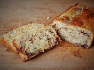 cinnamon-roll-quick-bread